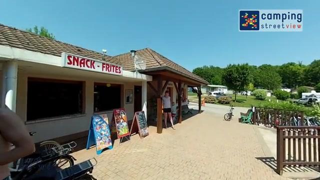 Camping Du Bois De Reveuge Huanne Franche-Comté FR